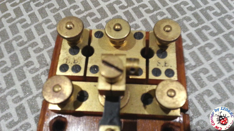 Öller Telegraph key 1857  -  Particular of large contact/switch