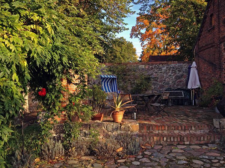Die Terrasse im Herbst