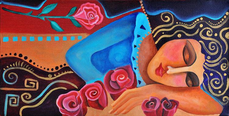 eine schlafende Frau auf einem Bett voller Rosen