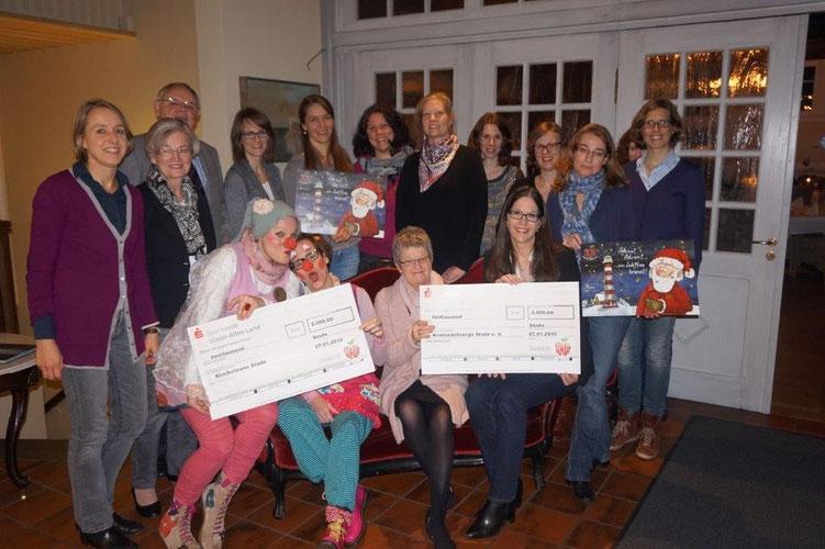 Spendenübergabe an die Klinikclowns sowie die Krebsnachsorge Stade