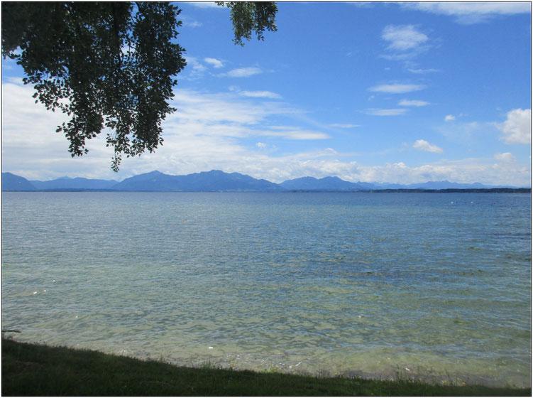 Geniale Aussicht: Einige Passagen verliefen unmittelbar am Ufer mit wunderbaren Panoramaabschnitten.