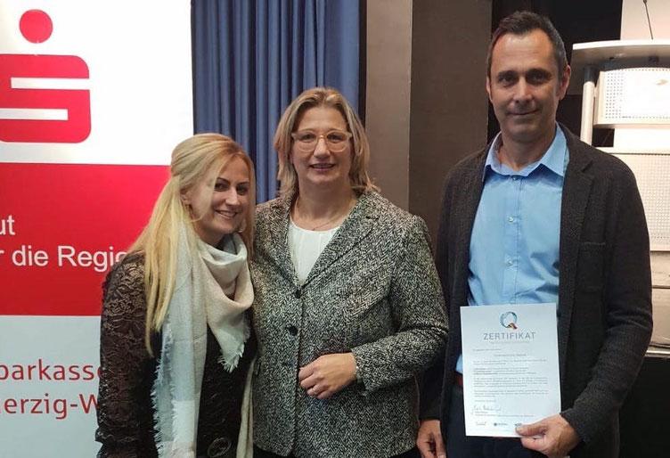 05.12.2018: Überreichung des Q-Zertifikats der Ministerien für Wirtschaft, Arbeit, Energie und Verkehr.