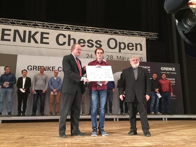 Sieger des GRENKE Chess A-Opens 2016: Matthias Blübaum