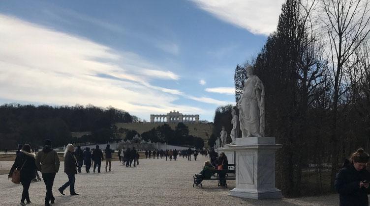 シェーンブルン宮殿の散歩道