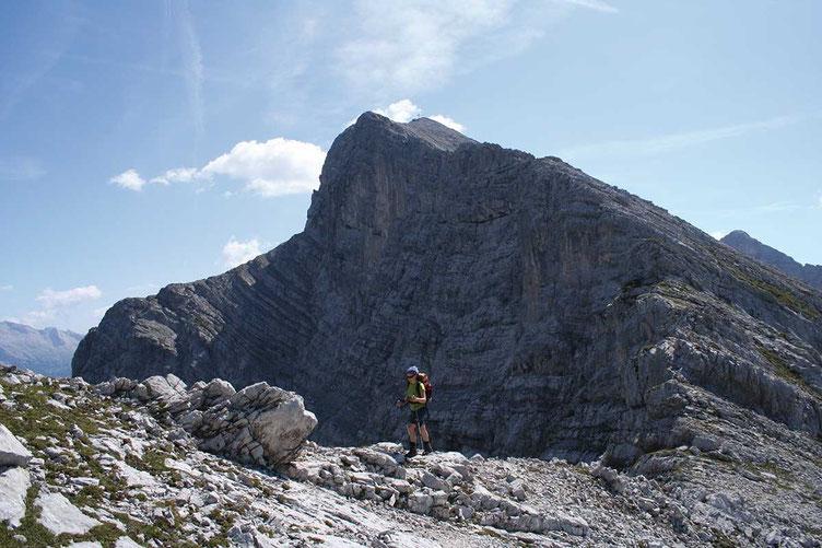 Bild: Bergsteigerin beim Abstieg vom Hohen Gleirsch