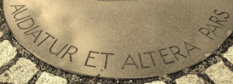 Audiatur et altera pars steht für den Anspruch auf rechtliches Gehör - Rechtsanwalt Geedo Paprotta