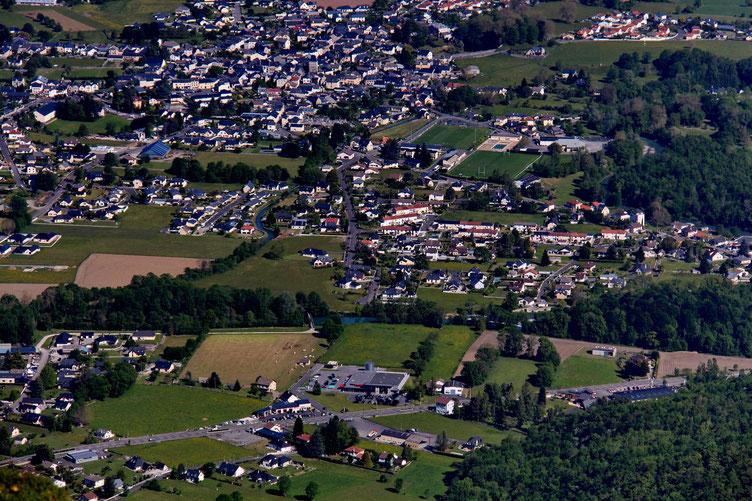 Zoom sur Louvie-Juzon.