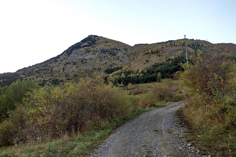 Le Pico del Pacino. Avec à droite le col éponyme.