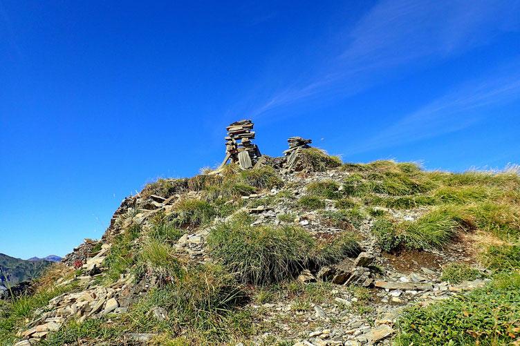 A peu près 10mn, voire un quart d'heure séparent les deux sommets. Ici, le Montagnon d'Iseye.