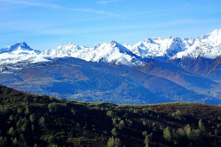 Belle petite couche de neige sur les Pyrénées...