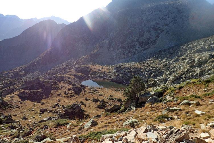 En bas, le petit Lac de l' Espuguette où je ferai la pause déjeuner.