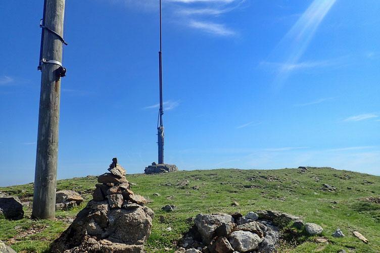 Et me voilà à l'Erregelu, avec antenne et biroute.