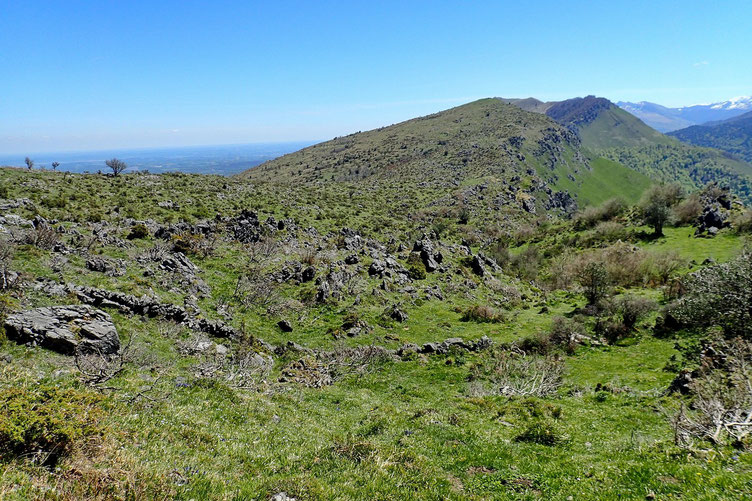 Zone d'ailleurs assez chaotique ou il n'y a aucun sentier, aucun cairn, aucun repère pour se guider.