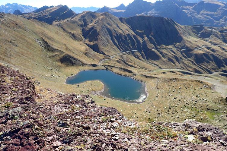 Coté espagnol, le Lac d'Astun où je m'arrêterai pour déjeuner.