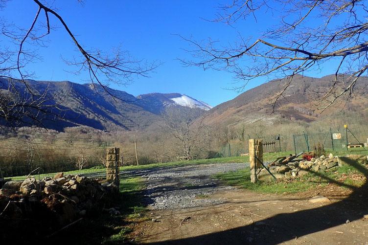 Sur le versant nord du Soum du Prat Du Rey, encore un peu de neige...