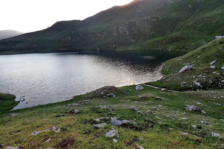 Après un bain dans le lac (que ça fait du bien!!!!), quelques photos....