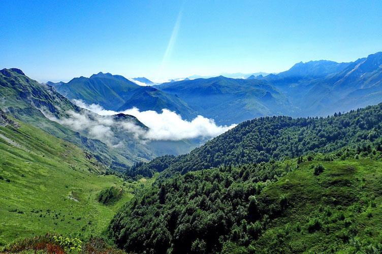 Dans la Vallée d'Ossau, les nuages se font plus nombreux...