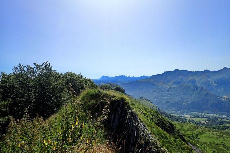 Du Pic de Cantau, vue sur le Val d'Azun.