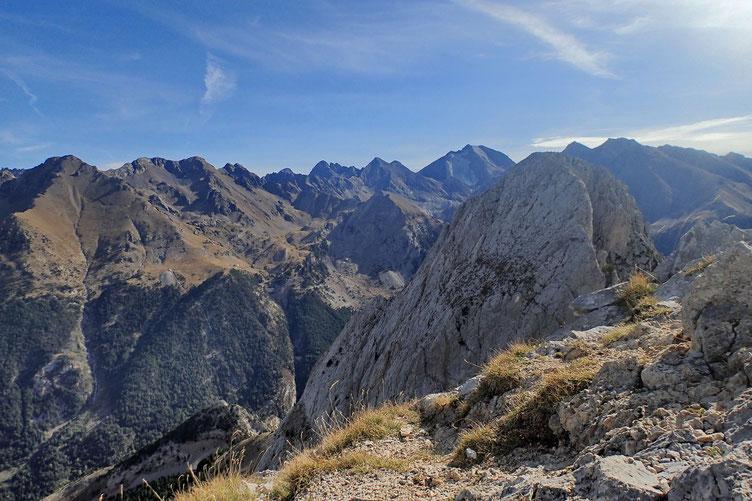 La Peña Foratata Oriental réservée aux grimpeurs.