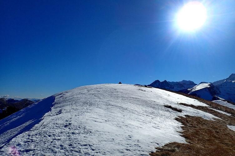 Le cairn du Montségu (2368m).