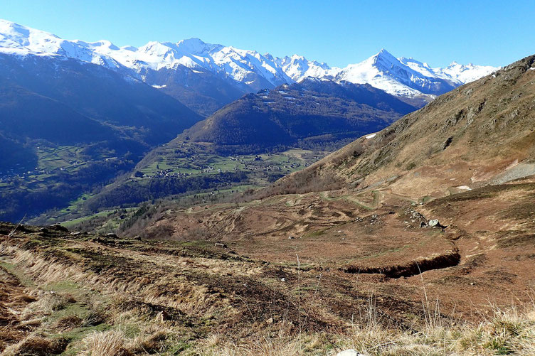 Vue vers le Val d'Azun.