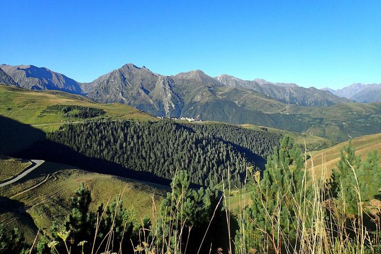 Vue sur la station de ski de Peyresourde.