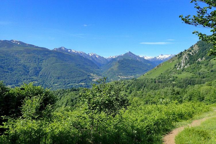 Vue sur les vallées d'Estaing et d'Arrens.