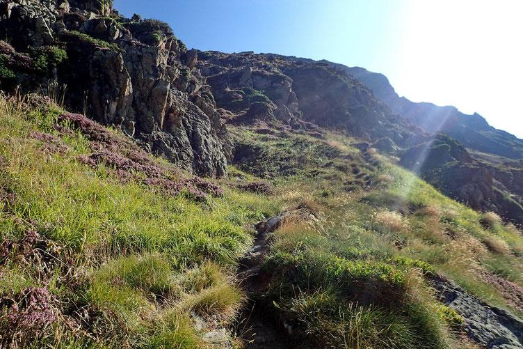 L'accès au Lac d'Antarrouye est un peu plus délicat, mais reste sans danger.