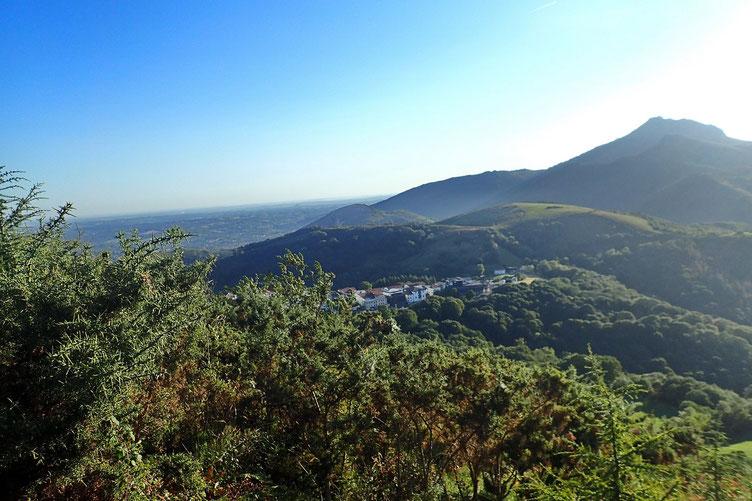 La Rhune et le Col d'Ibardin.