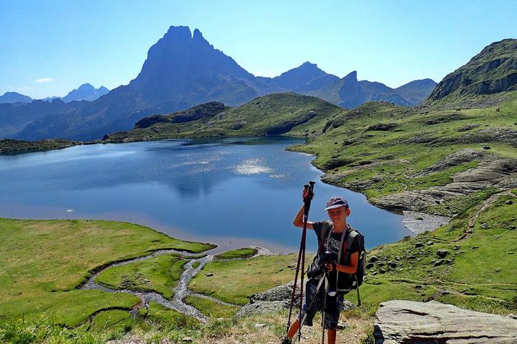Avec vue sur le Lac Gentau et le Pic du Midi.