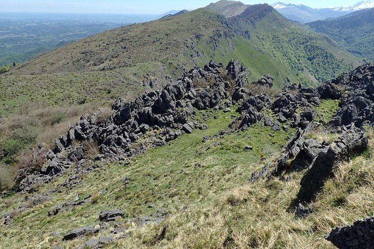 Après le petit casse-croute et une grosse pausse (1h30 au sommet), début de la descente.