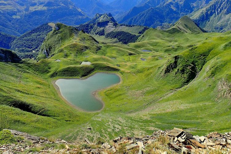 Le lac vu du Montagnon d'Iseye.