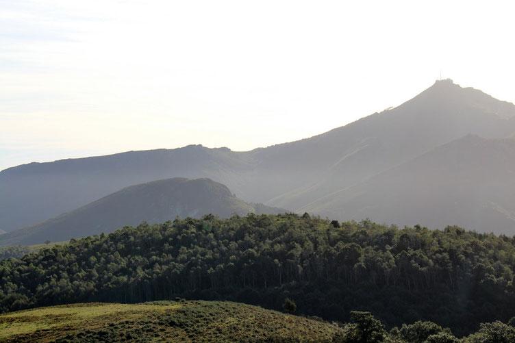 La Rhune et le Plateau Ihizelai.
