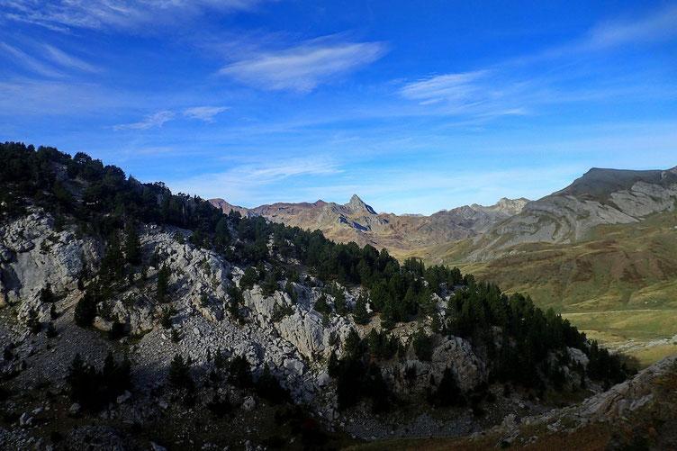 Du col, vue sur le Vertice d'Anayet.