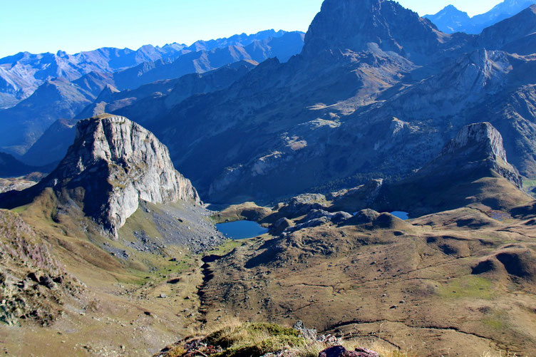 Les lacs Castérau et Paradis.