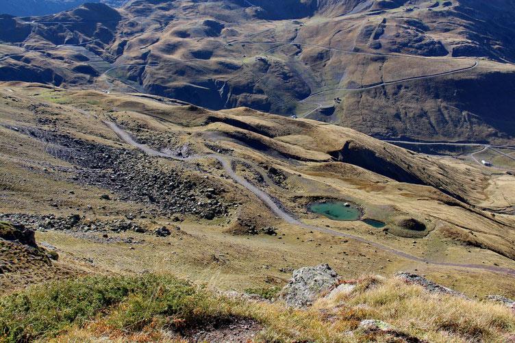 La piste qui rejoint les lacs de l'Escalar et d'Astun.