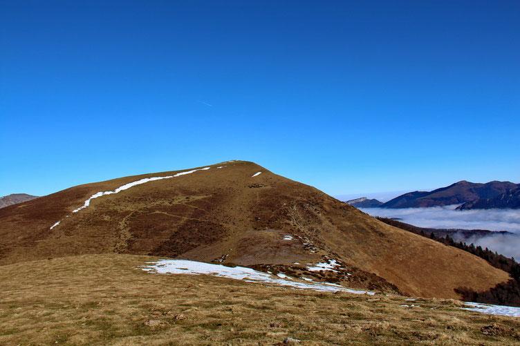 Petit sommet sans nom d'où j'aperçoie le Plo del Naou.