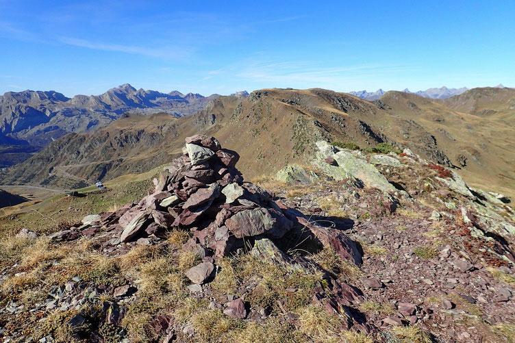 Le Pic d'Astu (2277m).