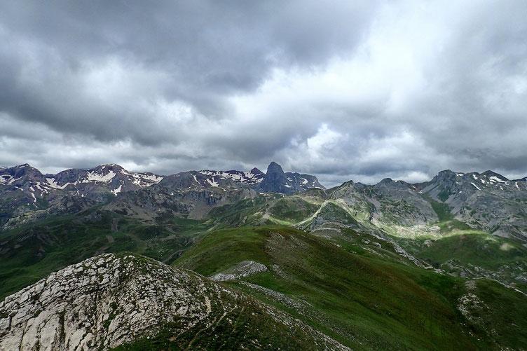 Le Pic d'Anayet (avec le Vertice un peu plus loin).