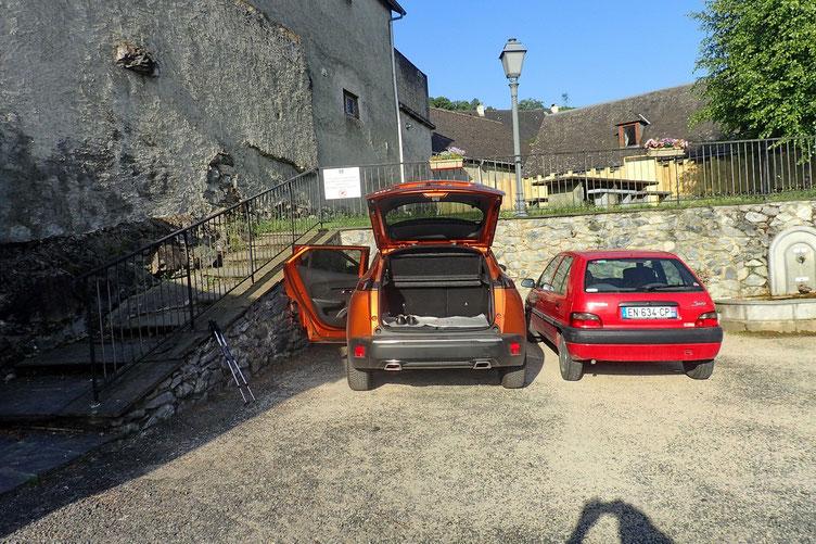 Parking à Ségus.