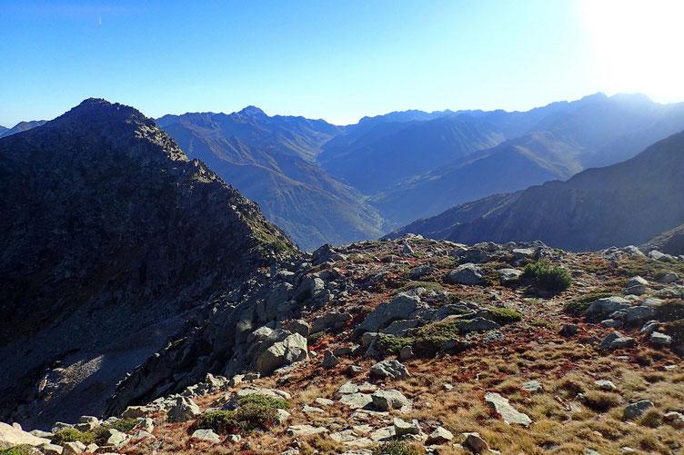 Vers Barèges, le Tourmalet et le Pic du Midi.