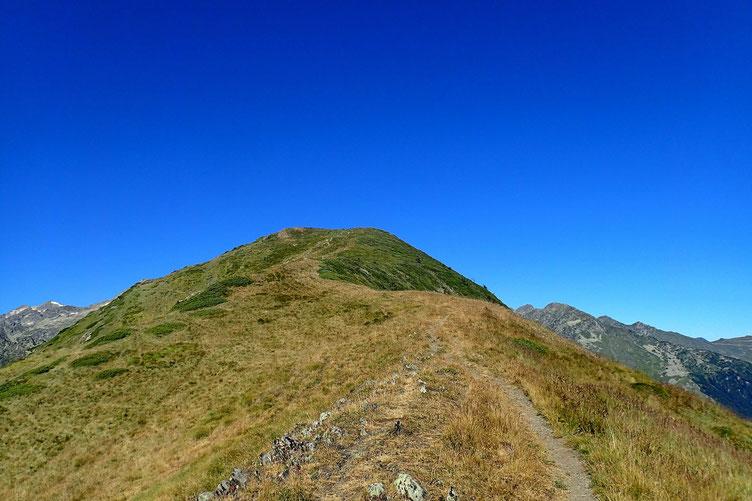 La montée au sommet se fait en douceur.