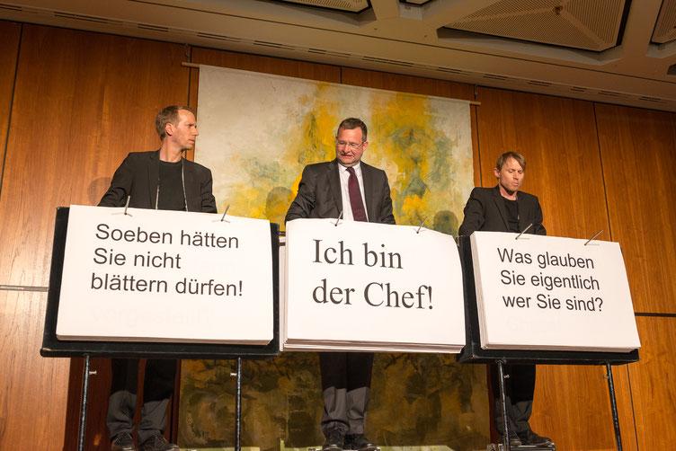 Ohne Rolf (Kabarett) mit Unterstützer/Gastar Gert Hager - Pforzheims Oberbürgermeister. Foto: Denis Mörgenthaler