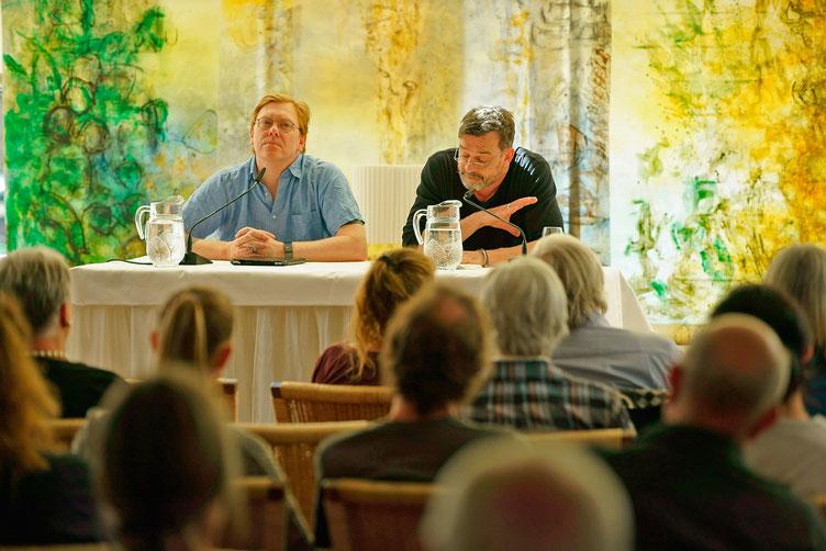 Jón Gnarr und Schauspieler Thomas Sarbacher. Foto von Marc Tschudin.