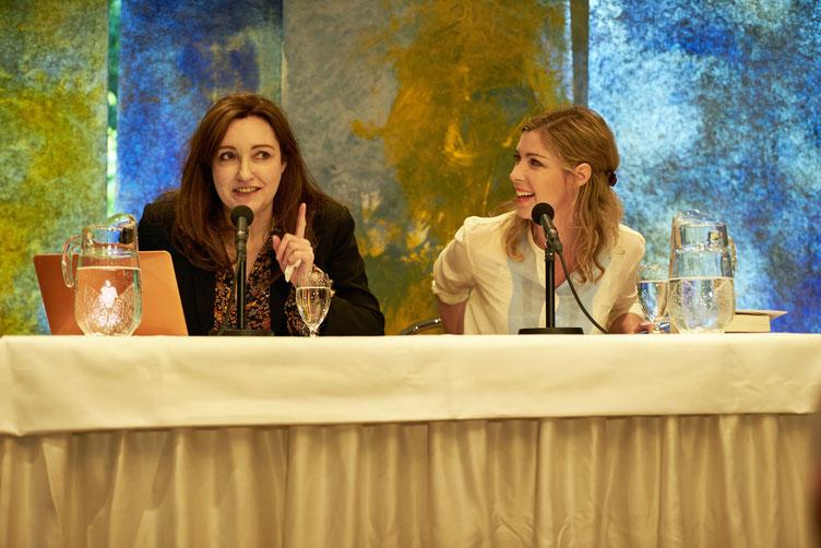 Autorin Viv Albertine und ihre deutsche Stimme Brigitte Zeh, Foto: Marc Tschudin