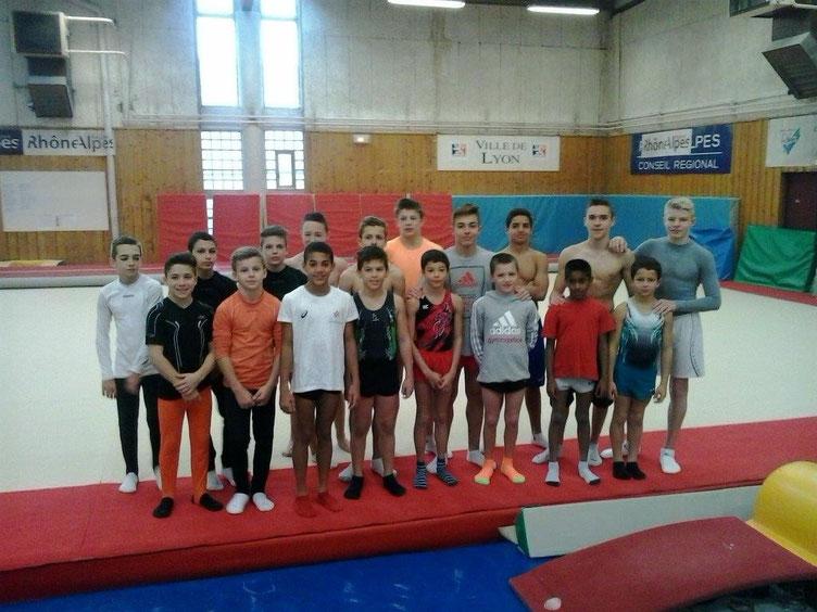 Photos du groupe Jeunesse lors du stage au pôle France de Lyon ( E.Rognin)