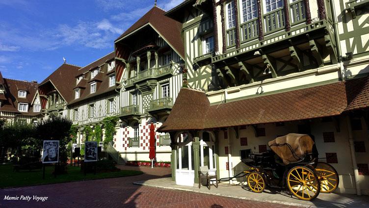 Cour intérieure, Hôtel Normandy,