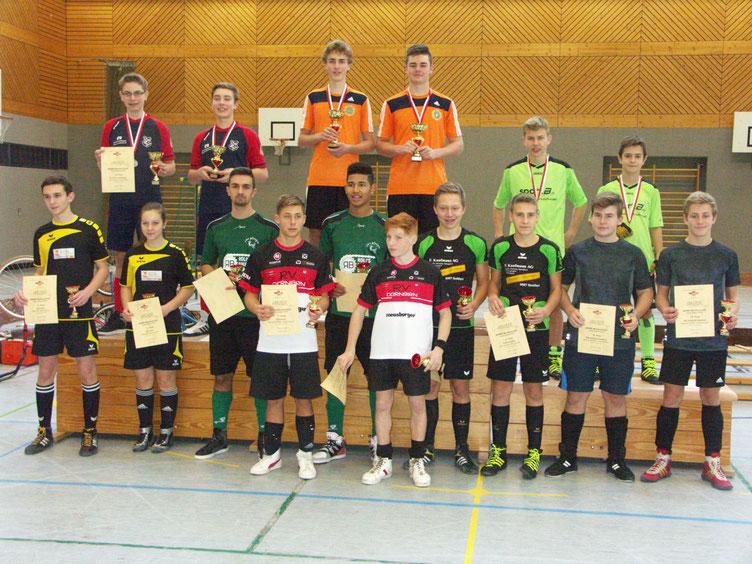 Siegerehrung Jugend IBRMV; Björn Vogel und Rafael Artho (rechts hinten)