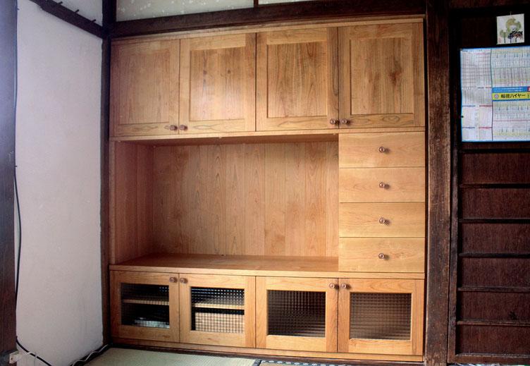 押入れを解体して造り付けした壁面収納キャビネット(小田原市・I様邸)
