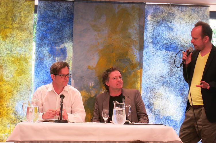 Yannick Haenel (rechts) liest bei Sprachsalz.